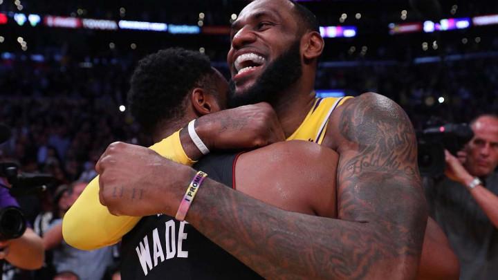 LeBron blistao protiv bivšeg tima, Warriorsi na Curryjev pogon