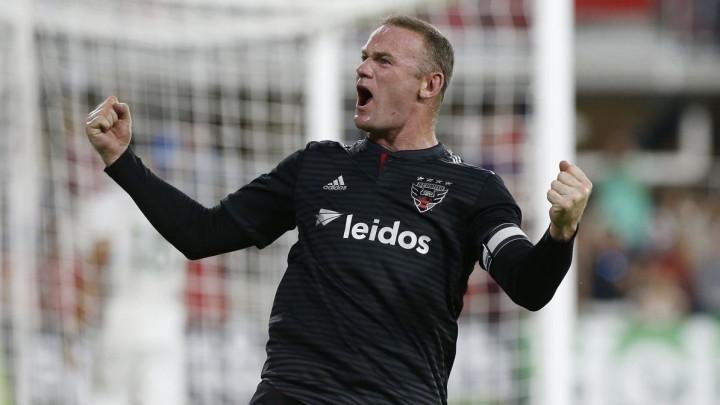 Rooney odbio privatnu sobu i let prvom klasom: Želim biti dio ekipe...