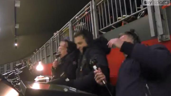 Gary Neville dobio napad ludila nakon nestvarnog promašaja Martiala