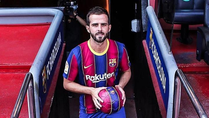 Pjanićev komentar na Instagramu oduševio navijače Barcelone