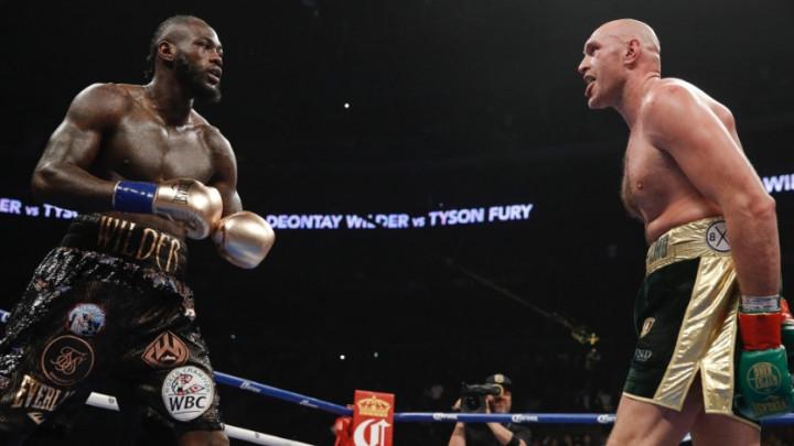 Čudesan meč u Los Angelesu završen bez pobjednika: Fury dominirao, Wilder se provukao