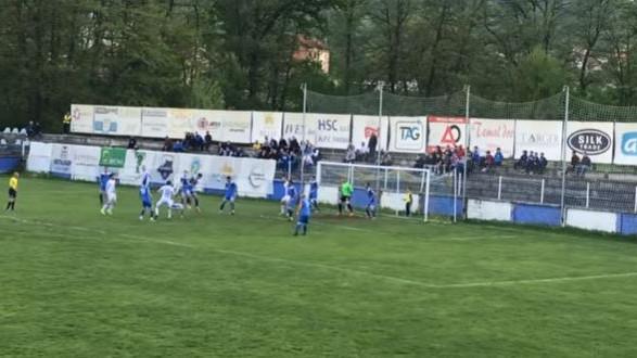 Makazice Koprivice za ovacije navijača: Da li je publika u Tešnju vidjela pogodak kola?
