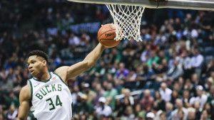 Bucksi se revanširali 76ersima, još jedna sjajna partija Greek Freaka