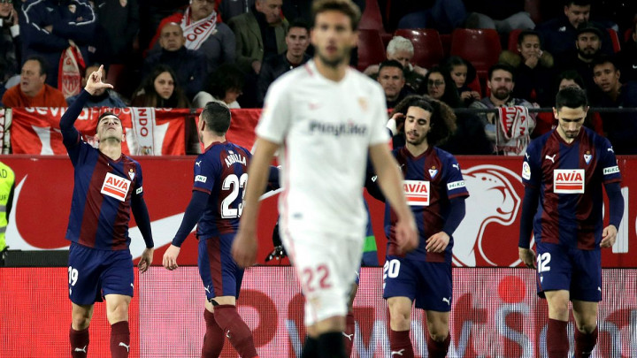 Sevilla s igračem manje stigla do boda protiv Eibara