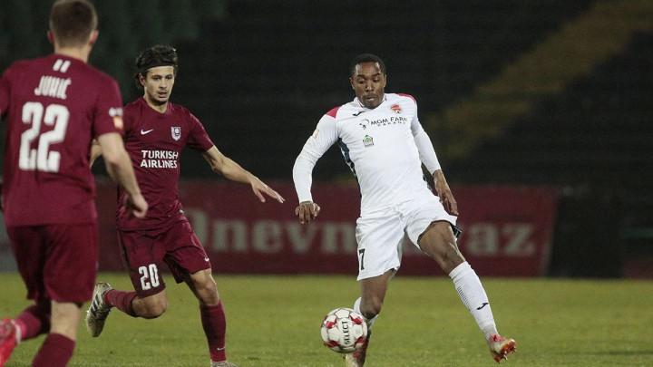 Većina premijerligaša za, samo FK Mladost DK izričito protiv nastavka sezone
