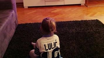 Ona je Lulićev najveći i najdraži fan!