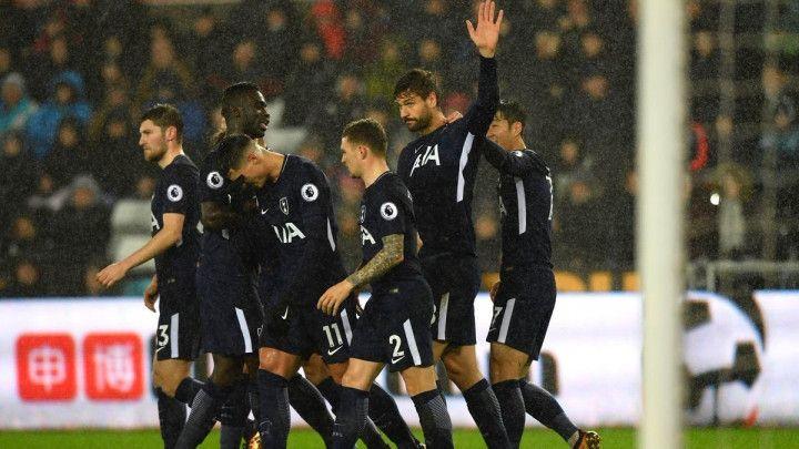 Očekivana pobjeda Tottenhama, Carroll heroj West Hama
