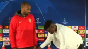 Disciplina je čudo: Henry natjerao igrača Monaca da se vrati i lijepo namjesti stolicu