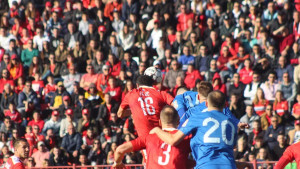 Koliko je ljudi posjetilo stadione Premijer lige prvog dana nastavka?