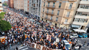 Kultni klub je postao predmet ismijavanja: Bijesni navijači izašli na ulice, traže ostavke
