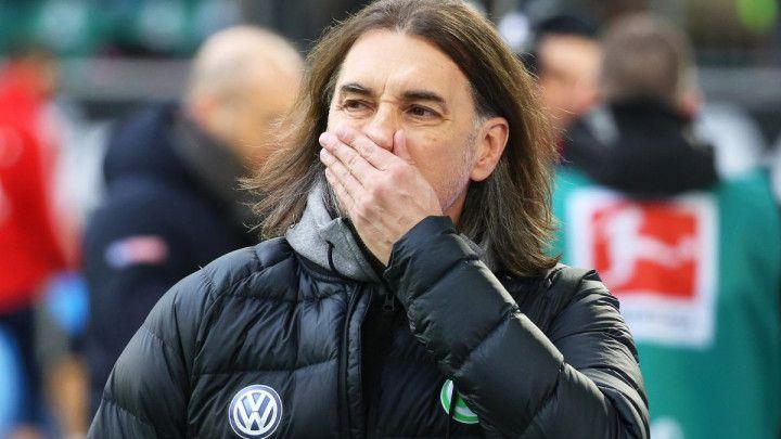 Wolfsburg ostao bez trenera