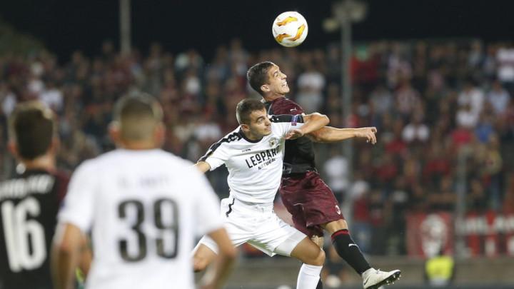 Milan nekako slomio otpor Dudelangea, Arsenal lako protiv Vorskle