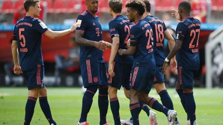 Navijači prezadovoljni: Bayern predstavio novi dres!