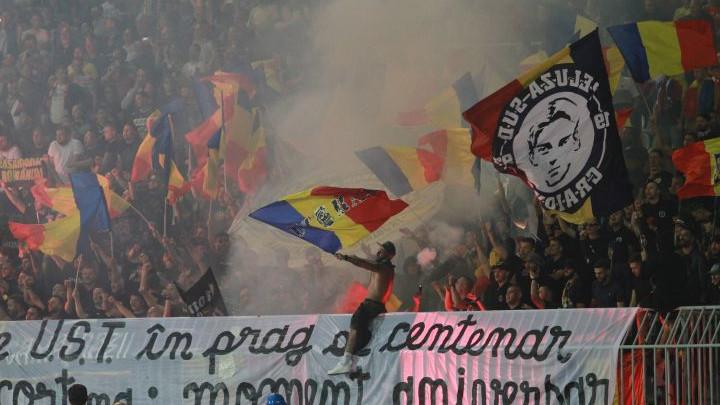 "Žestoka kazna za Rumune zbog rasnih uvreda i povika ""Kosovo je Srbija"""