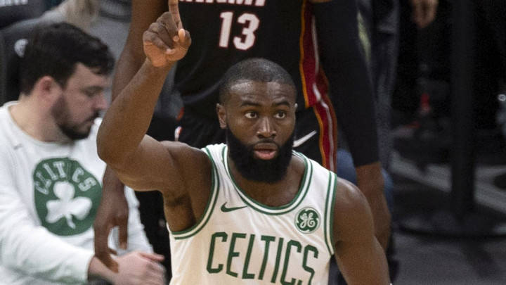 Brown vodio Celticse do pobjede u Torontu