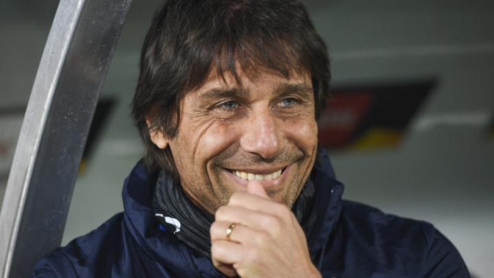 Conte negirao kontakte s Juventusom
