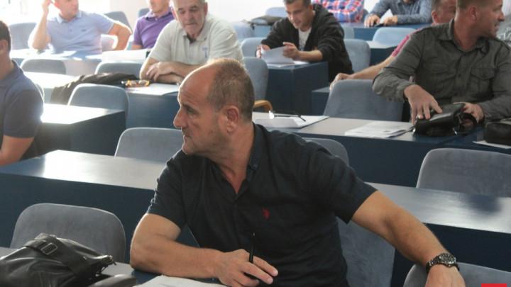 Mujkanović: Šta mi klubovi tu možemo, kada sami sebi stvaramo probleme