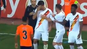 Glupost frustriranih turskih navijača, krvava glava fudbalera Rome