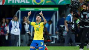 Napoli želi dovesti Evertona Soaresa