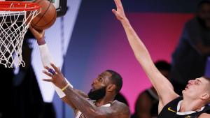 LA Lakersi na korak od finala!