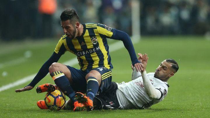 Četiri gola, tri crvena kartona i žestok obračun u velikom turskom derbiju
