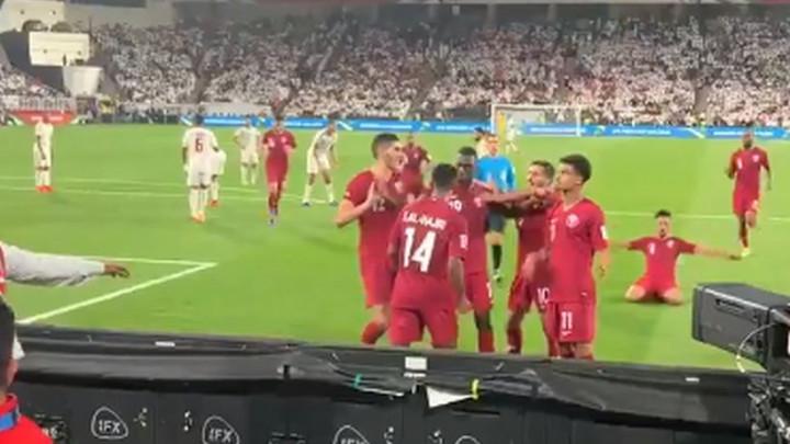 Igrači Katara poveli 2:0, a onda doživjeli nesvakidašnju situaciju u Abu Dhabiju