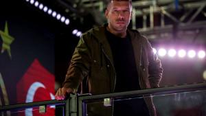 Legendarni Podolski nema namjeru završiti karijeru: Stigle su dvije ponude