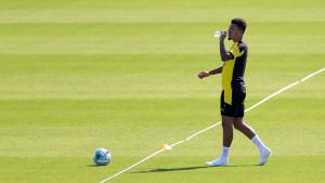 Navijači Manchester Uniteda ostali razočarani pred početak pripremnog meča Dortmunda