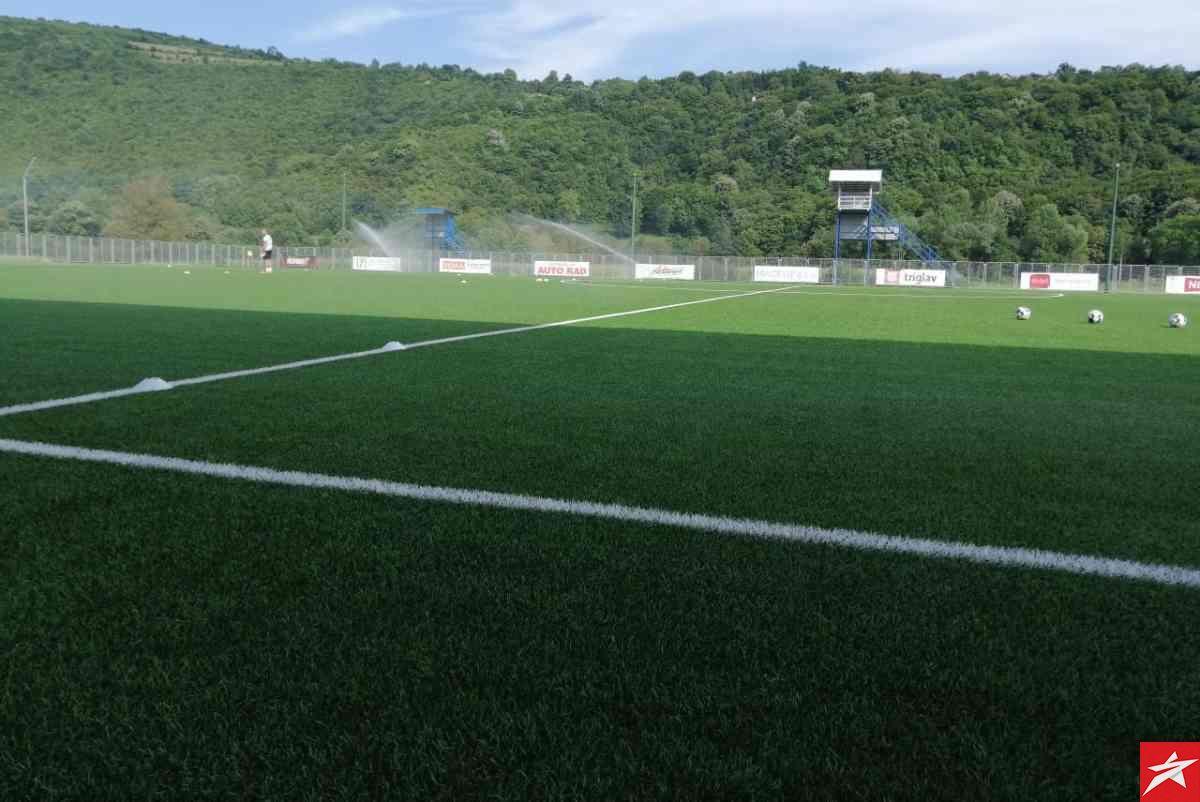 Teren stadiona Krupe u idealnom stanju pred meč protiv Olimpika