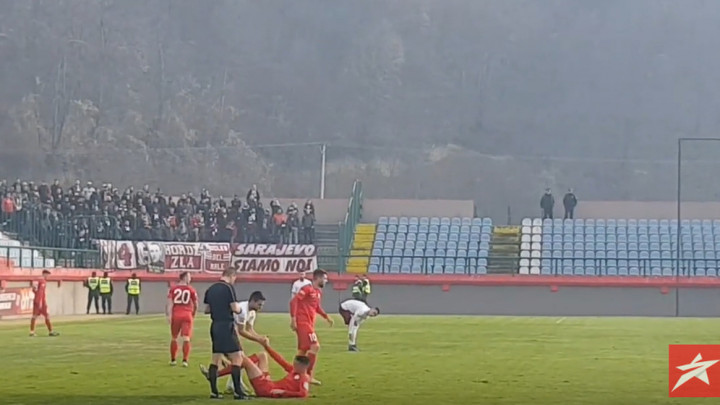"""""""Uprava napolje"""" ori se stadionom u Ugljeviku"""