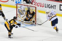 Predatorsi razbili Penguinse i smanjili u seriji