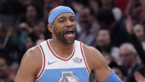 Veteran ne posustaje: Carter će igrati i 21. NBA sezonu