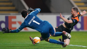 Roma igra veoma važnu utakmicu, poznata i Džekina uloga