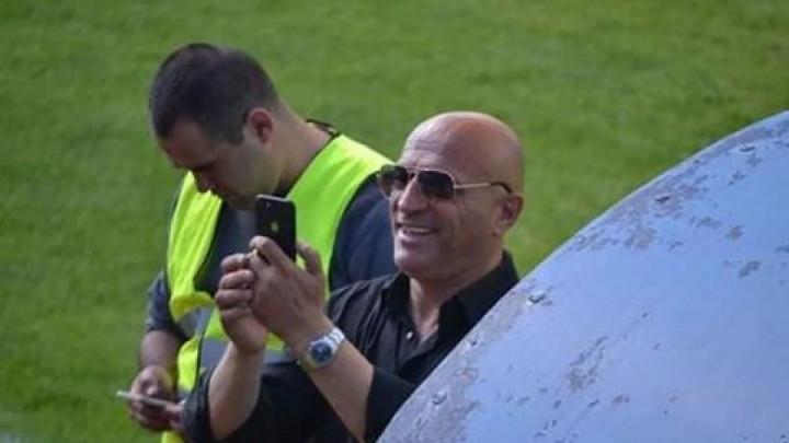 Predsjednik i trener Dinama pretukao igrača jer je loše igrao