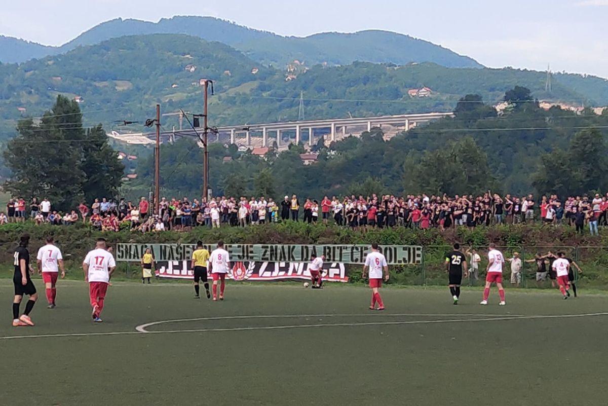 Robijaši ne odustaju od Čelika i pružaju fantastičnu podršku nogometašima s pruge pored stadiona