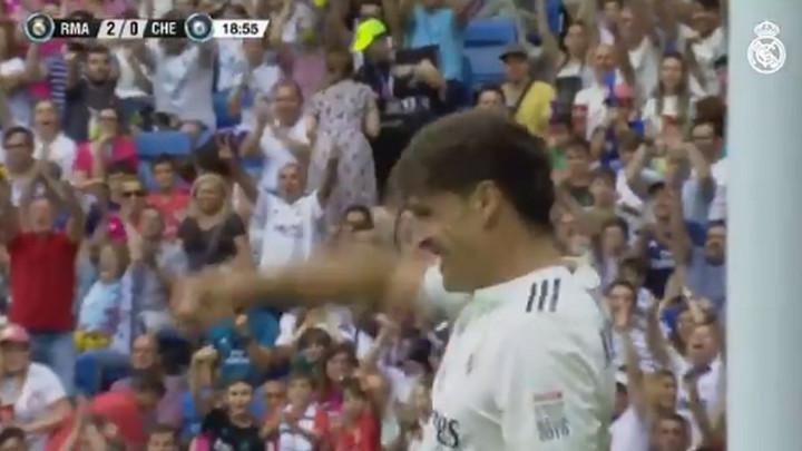Igraju legende Reala i Chelseaja, a terenom dominiraju Morientes i Raul!