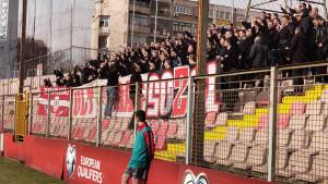 Ludi ritam je krenuo: Ultrasi bodre Zrinjski u Zenici