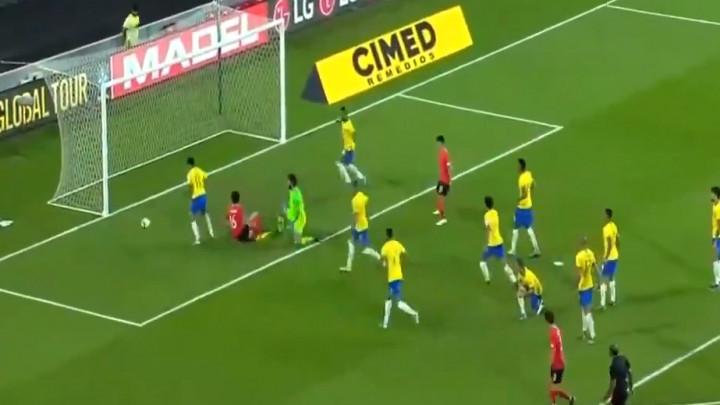 Šta se desi kad Coutinho igra odbranu?
