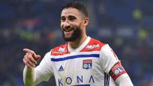 Prečka u 93. minuti spasila Lyon da se ne obruka protiv najlošije ekipe u ligi