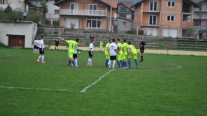 Da li nogomet u BiH ima smisla: Doputovali sa osmoricom, sudija kasnije morao prekinuti meč