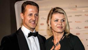 Schumacherov bivši menadžer tvrdi da njegova supruga Corinna skriva pravu istinu