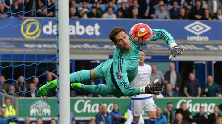 Tu je i Asmir Begović: Koga je Mourinho doveo u Chelsea pred brutalni otkaz?