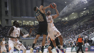 Panathinaikos i Maccabi deklasirali Baskoniu i Asvel, Alba u tvrdoj utakmici dobila Žalgiris
