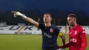 Nevjerovatna scena: Golman spasio tim čudesnim odbranama, pa tražio pare nakon utakmice