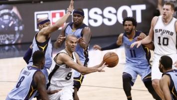 Igrači Memphisa plaćaju kaznu umjesto trenera