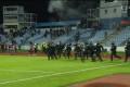 Žestoki navijački neredi prekinuli meč u Bratislavi