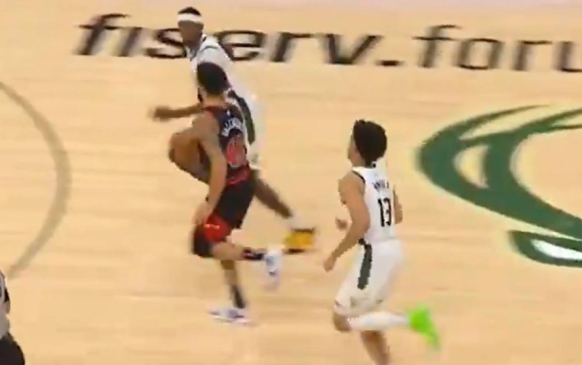 Da li u Bullsima igra jedan od najgorih košarkaša u NBA?