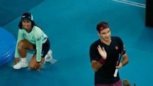 Fotografija Federerove djece kako s tribina gledaju očev meč budi emocije