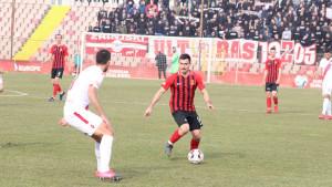 HŠK Zrinjski golovima Bilbije i Zeca ostavio NK Čelik u opasnoj zoni i zadržao nadu u titulu