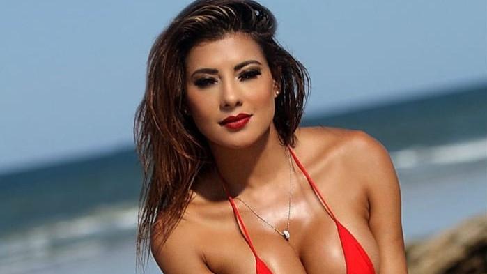 Zaboravite sve ostale: Playboyeva zečica zaludjela muškarce na Copa America